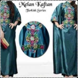 Busana Muslim Modern Dengan Model Kaftan Melan-b