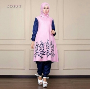 Busana Muslim Trendy Masa Kini Bahan Balotelli Soffy Set Pink