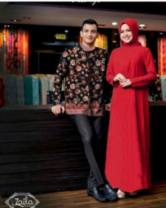 Baju Muslim Wanita Sasmira Couple Terbaru warna Red Bahan Woolpeach
