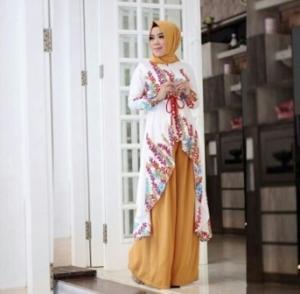 Busana Muslim Modern Terbaru Mova Set Warna White Bahan Maxmara