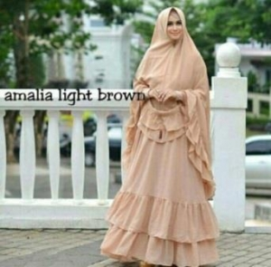 Gamis Pesta Cantik Amalia Warna Cream Dengan Bahan Ceruty