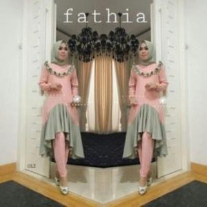 Agen Busana Muslim Trendy Fathia Set Warna Peach Bahan Crepe Premium Untuk Muslimah