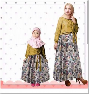 Baju Muslim Couple Ibu dan Anak Nattasha Set Bahan Baloteli