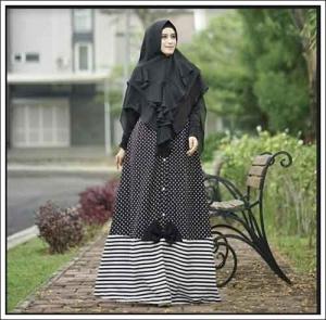 Baju Gamis Cantik Amora Polka Syar'i dengan Bahan Jersey dan Katun Jepang