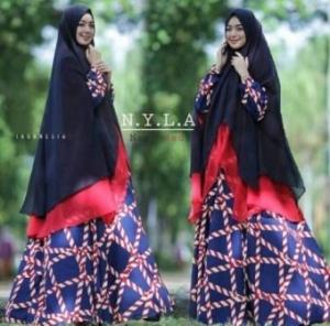 Gamis Busui Cantik Nyla Syar'i warna Navy Bahan Crepe