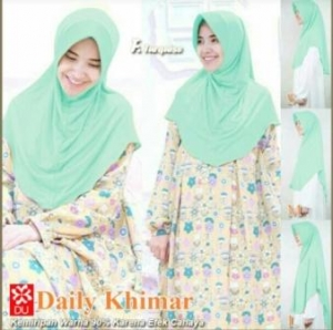 Jilbab Terbaru Cantik Daily Khimar Warna Hijau Bahan Spandex Jersey