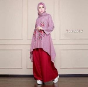 Busana Muslim Trendy Tifany Set Warna Red Bahan Katun Yanded