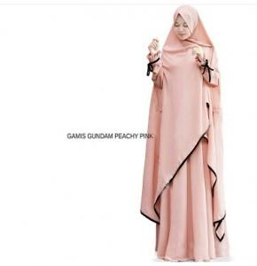 Gamis Gundam Syar'i Warna Peach Dengan Bahan Wollycrepe