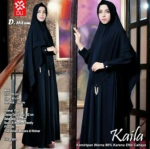 Baju Muslim Wanita Kaila Syar'i Warna Hitam Bahan Wollycrepe