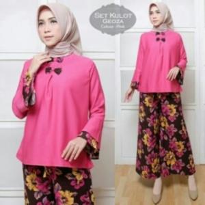 Busana Muslim Trendy Cantik Geoza Set Warna Pink Bahan Baloteli