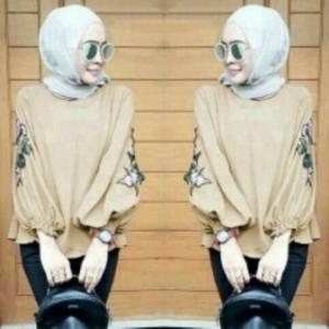 Supplier Baju Atasan Wanita MuslimTerkini Nada Blouse Warna Mocca Bahan Wollycrepe