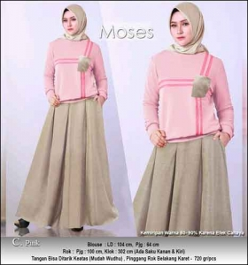 Baju Muslim Casual Moses Set warna Pink dengan Bahan Kaos Katun Combed