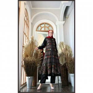 Baju Setelan Celana Muslim Terbaru 2021 Dilara Set Warna Black Bahan Maxmara